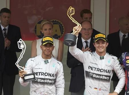 Lewis Hamilton da por zanjados los problemas con Rosberg