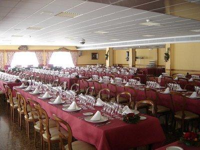 ¿Compartirías mesa si te sale más económico el restaurante?