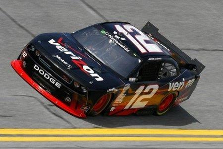 La NASCAR estrena sus muscle car