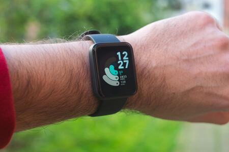 Este verano estrena smartwatch en la piscina: el Xiaomi Mi Watch Lite con GPS y una semana de autonomía roza los 40 euros en Amazon