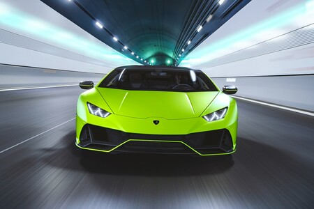Lamborghini Huracan Evo Fluo Capsule 8