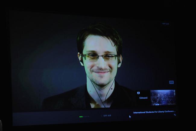 Edward Snowden consigue permiso para quedarse en Rusia tres años más