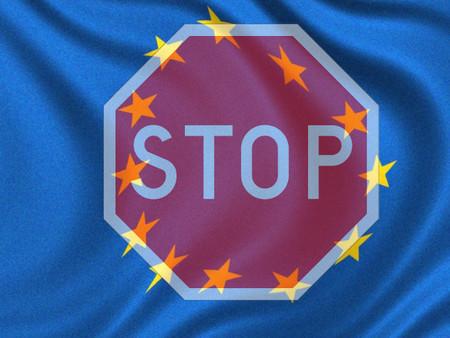 La Unión Europea quiere detener coches remotamente en el futuro