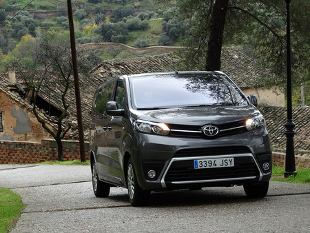 Prueba Toyota Proace Verso Exteriores 17