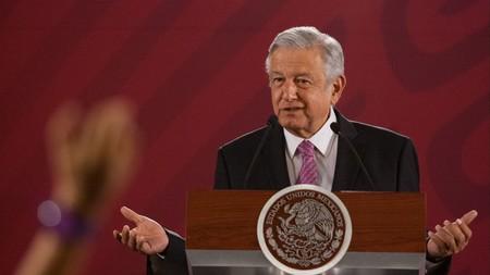 AMLO le pidió ayuda a Zuckerberg para llevar internet a todo México y estas son las claves para entender la conversación