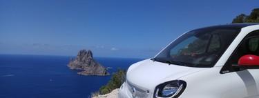 Ibiza es el hábitat natural del smart Ushuaïa, y por eso lo hemos probado allí