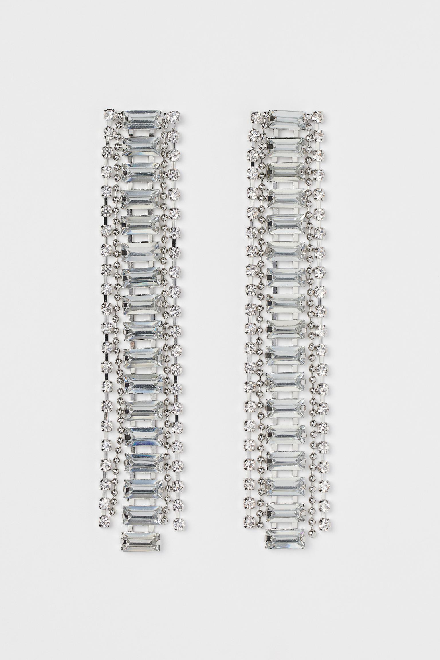 Pendientes largos de cristales y strass