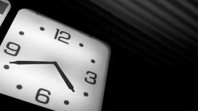 Ahorrar tiempo empresa para exito medios sociales-logo