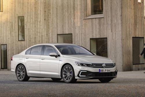 El Volkswagen Passat 2019 se pone al día en Europa como lección de lo que debería ser en América