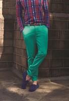 O turquesa o <em>teal</em>, pero no le llames verde: os enseñamos a combinar el nuevo color de temporada