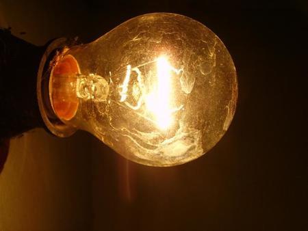 Empresa mexicana Sisoft apuesta por Li-Fi, internet a través de luz