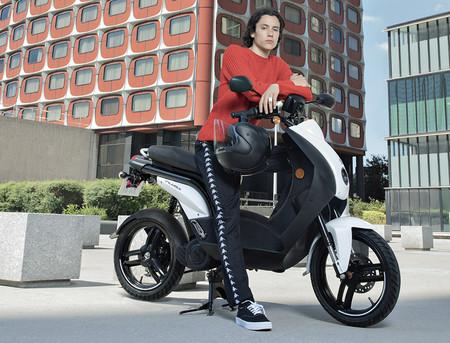 El Peugeot e-Ludix renace como ciclomotor eléctrico con 50 km de autonomía y cuesta 3.500 euros