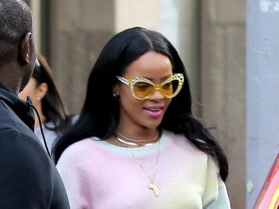 ¿Chandal y tacones? Rihanna intenta defender esta difícil mezcla