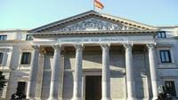 """Los diputados españoles volverán a disfrutar de Internet  y móviles de alta gama """"gratis"""""""