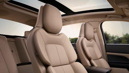 Lincoln Continental 2017 1600 15