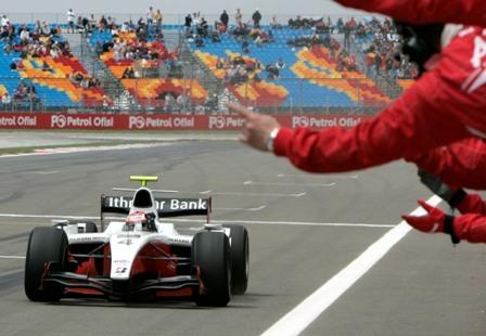 Primera exhibición de Romain Grosjean en la GP2