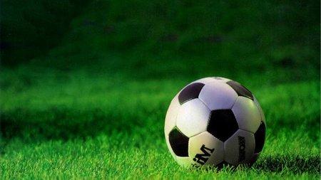 La guerra del fútbol: sale perdiendo el espectador