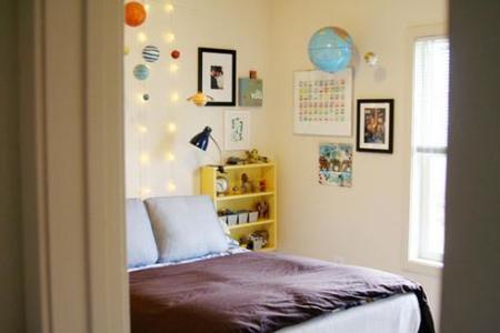 Puertas abiertas: el dormitorio de un futuro astronauta