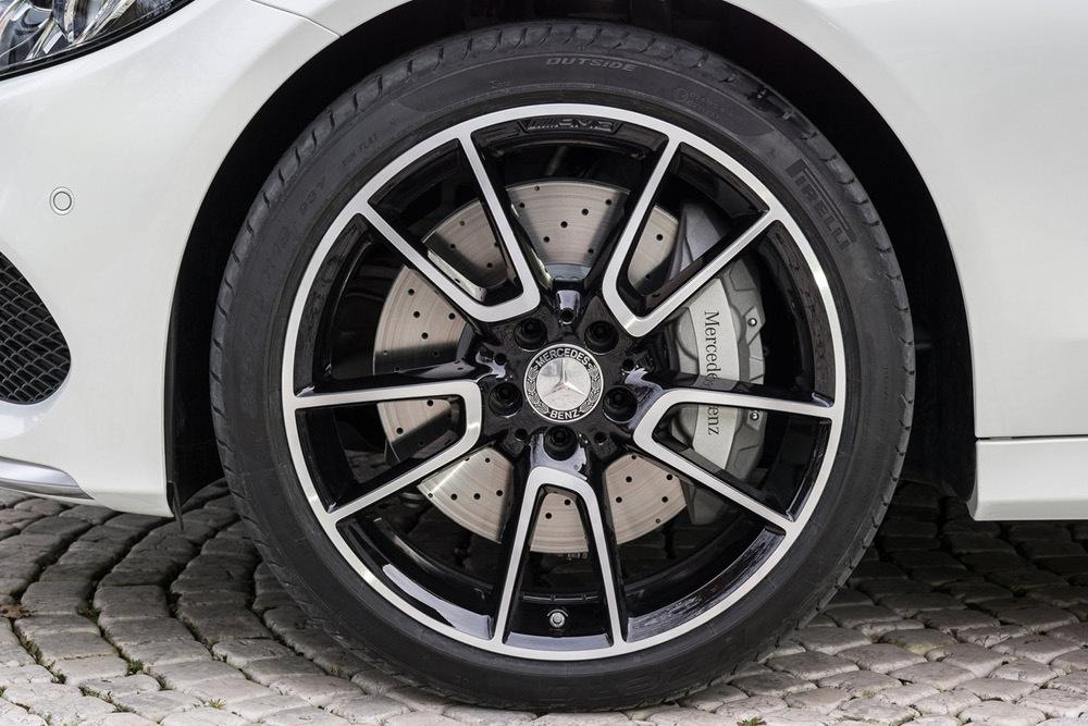 Foto de Mercedes-Benz C450 AMG 4Matic (19/24)