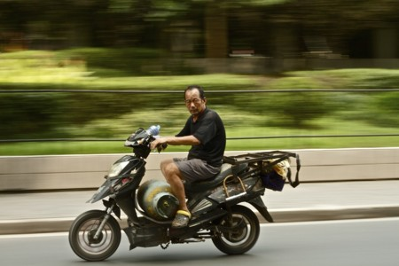 Uber experimenta con un nuevo servicio de motos