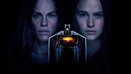 'I Am Mother': sencillo y estimulante thriller de ciencia ficción para el catálogo de Netflix