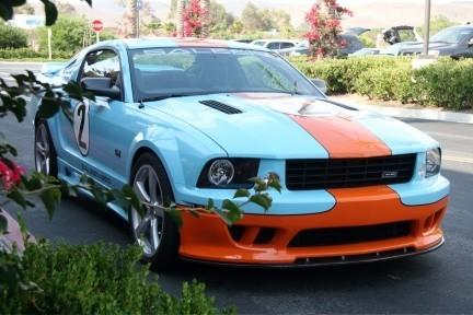 Saleen 550 Mustang, el pony se viste de Gulf