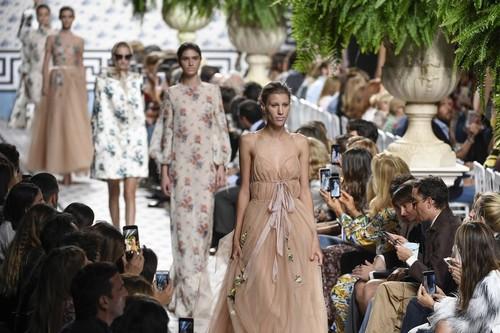 Bajas y tensiones en la Mercedes-Benz Fashion Week Madrid con amenazas de denuncia contra la dirección incluidas