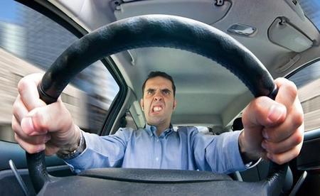 Ocho errores que demuestran que no eres un buen conductor