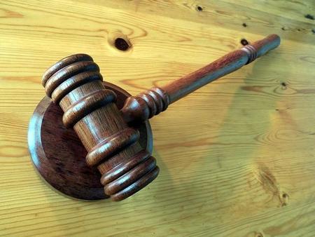 El Ministerio de Justicia estudia liberar a pymes y autónomos del pago de las tasas judiciales