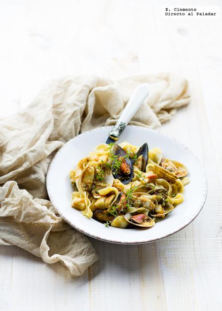 Pappardelle con frutos del mar y tomates