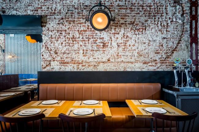 The Lobstar, interiorismo portuario en Madrid para ofrecer bocadillos de  bogavante