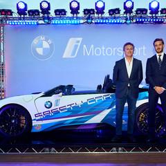 Foto 6 de 9 de la galería bmw-i8-roadster-formula-e-safety-car en Motorpasión