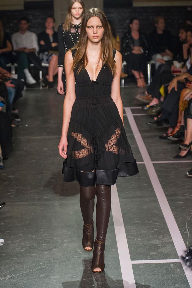 Foto de Givenchy colección Primavera-Verano 2015 (46/58)