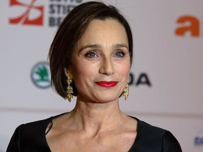 Kristin Scott Thomas debutará en la dirección con 'The Sea Change'