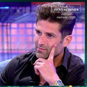 El polígrafo deluxe de Efrén Reyero que ha llevado al novio de Marta López a dormir estas dos últimas noches en el sofá: la cara B de Efrén sale a la luz