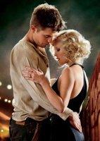 A Reese Witherspoon lo de enseñar la chirla (aunque sea a Robert Pattinson) no le hace mucha gracia