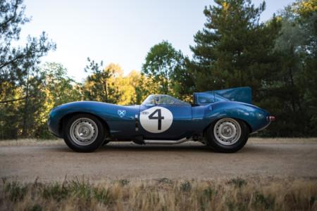 33 imágenes para enmarcar de este Jaguar D-Type, el coche británico más caro de la historia