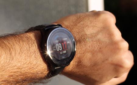 Amazfit Stratos+, análisis: batería sobresaliente en un reloj para los muy deportistas