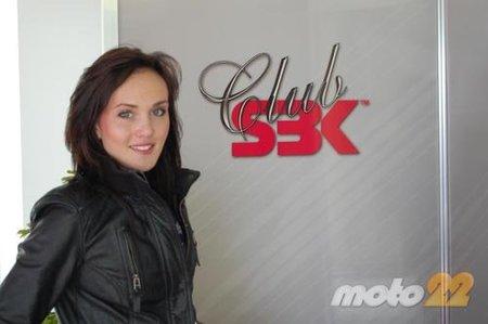 Superbikes Valencia 2010: Las Pit babes que no te muestran los demás