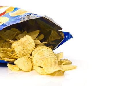 No, no te están timando si ves que en una bolsa de patatas hay casi más aire que patatas