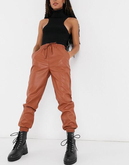 Joggers Color Oxido De Cuero Sintetico De New Look