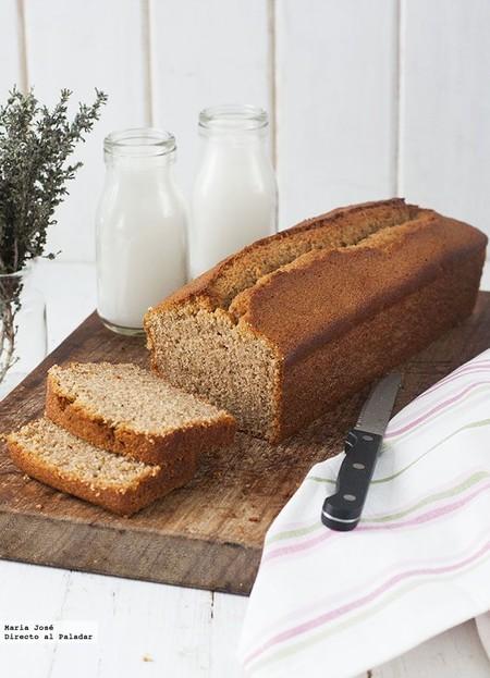 Cake de avellanas y galletas María al aroma de brandy: receta con y sin Thermomix