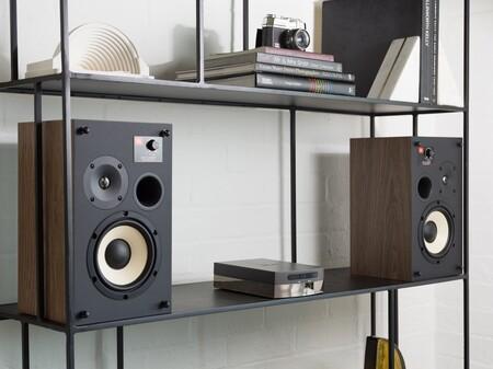 JBL presenta los L52 Classic: unos altavoces pasivos de corte clásico que no pasarán desapercibidos en tu salón
