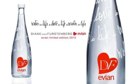 Botella de Evian diseñada por  Diane von Furstenberg