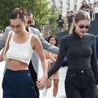 El efecto wet también es para el día a día: Gigi y Bella Hadid nos enseñan a llevarlo con estos 13 fantásticos looks