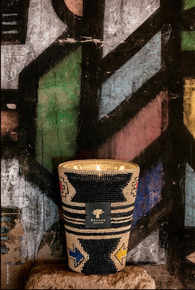 Trano es la colección más solidaria de Baobab collection que nos acerca el arte tribal de las mujeres Ndebele del Sur de África