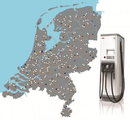 Puntos de recarga rápida previstos en Holanda