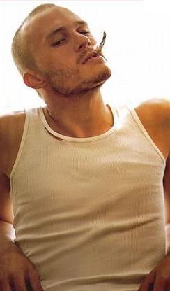 Heath Ledger, soltero de nuevo