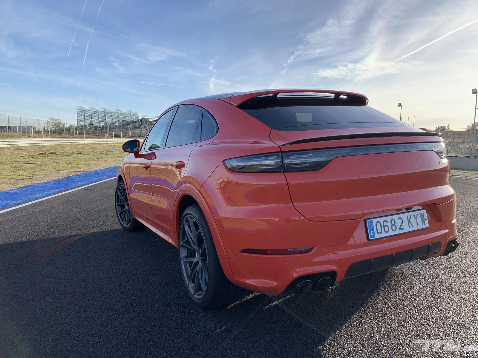 Foto de Porsche Cayenne Coupé Turbo (prueba) (14/42)