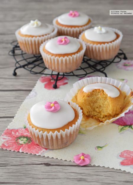Cupcakes sencillos de albaricoque. Receta para reaprovechar mermeladas de fruta